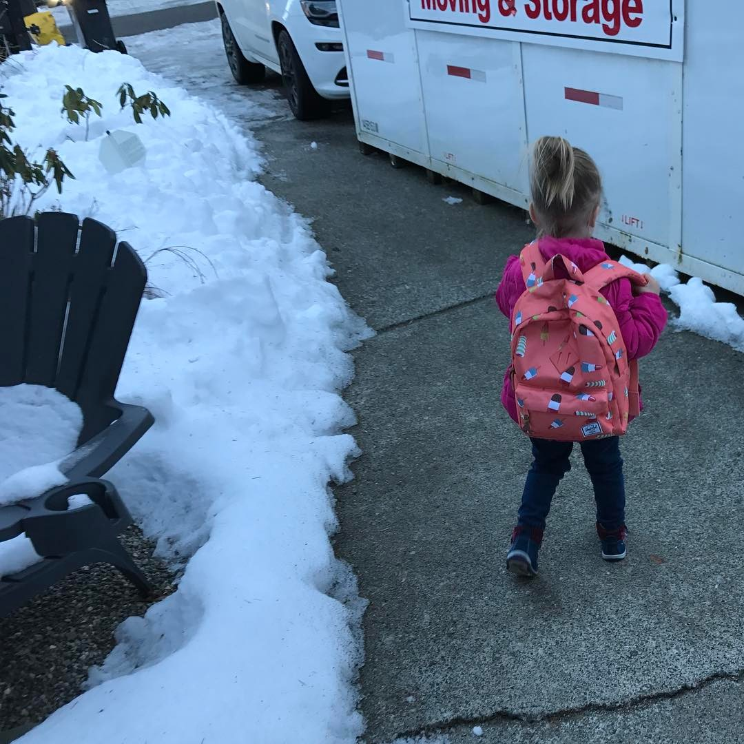 littlegirl tied up This past week, Dallas Smith sent his little girl off to her first day of  preschool. Backpack on, shoes laced, and hair tied up, Vayda appears ready  to go!